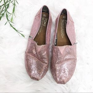 🌵 50% OFF- Toms- Pink Sparkly Girls Toms
